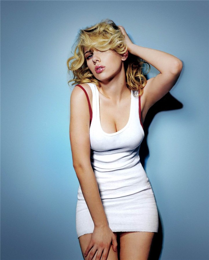 Scarlett Johansson-Hottest and Sexiest Girls