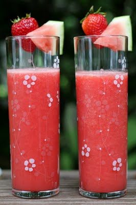 Watermelon Berry Cooler - refreshing smoothie recipes