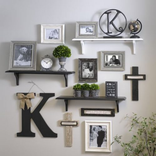 Mix and match - creative gallery wall ideas