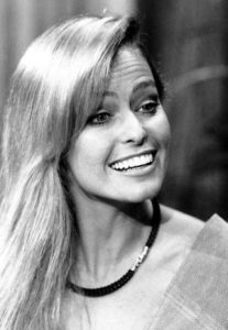 How much is her net worth? How much is her income? - Farrah Fawcett Net Worth